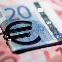 Волатильный курс евро